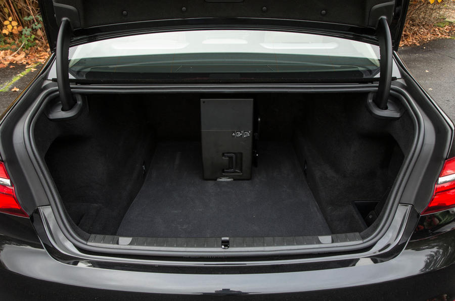 BMW 7 Series boot