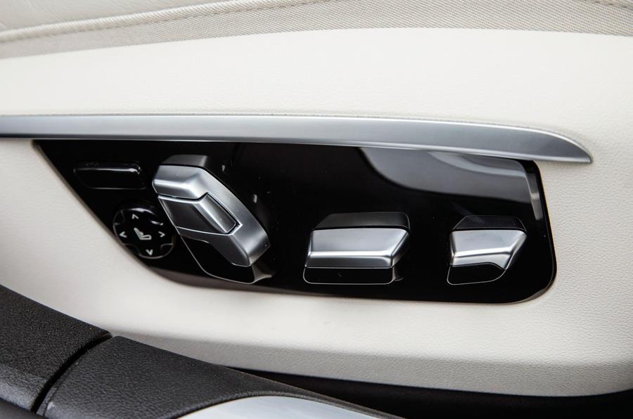 BMW 7 Series rear seat controls