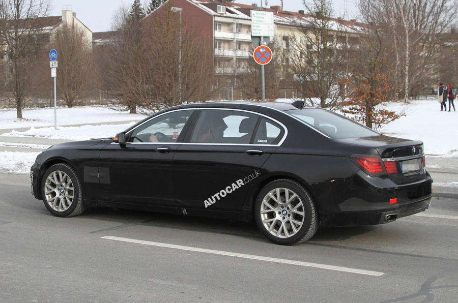 Spy pics: BMW 7-series