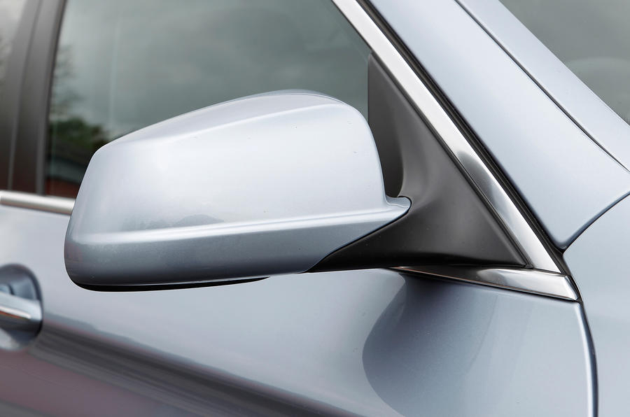 BMW ActiveHybrid 5 wing mirror
