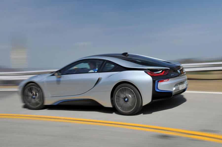 The BMW i8's conflicting personality is what makes it so frustrating