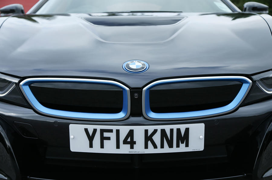 BMW i8's capped grille