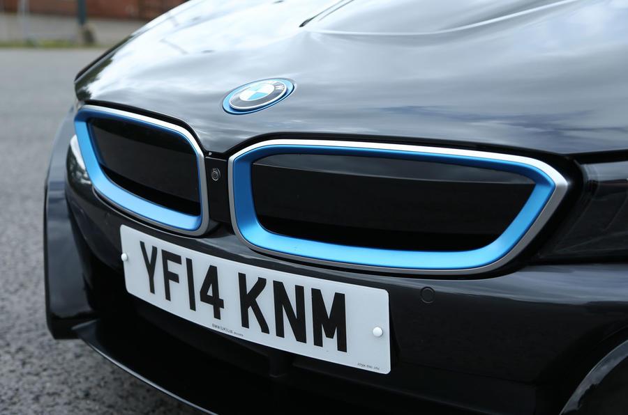 BMW i8's nose