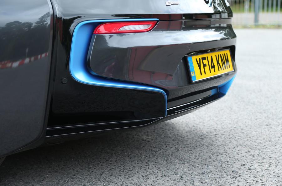 BMW i8's rear diffuser