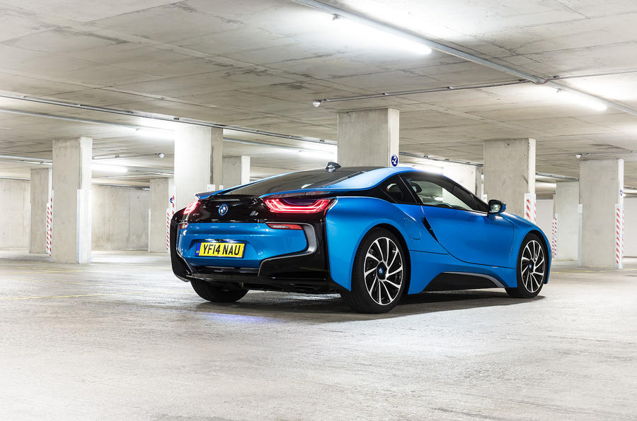 BMW i8 rear quarter