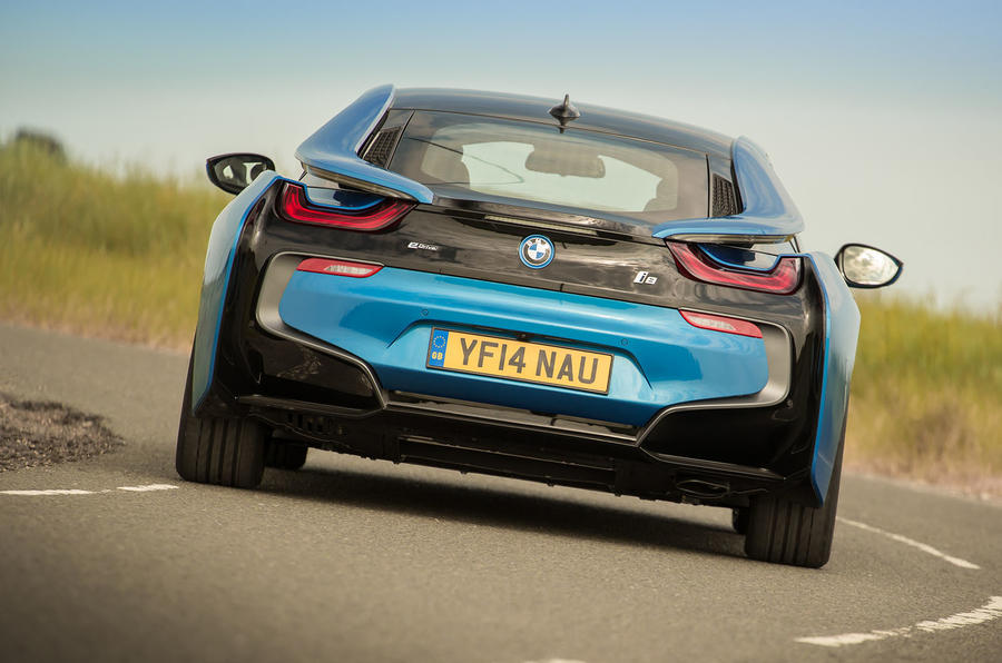 BMW i8 rear cornering