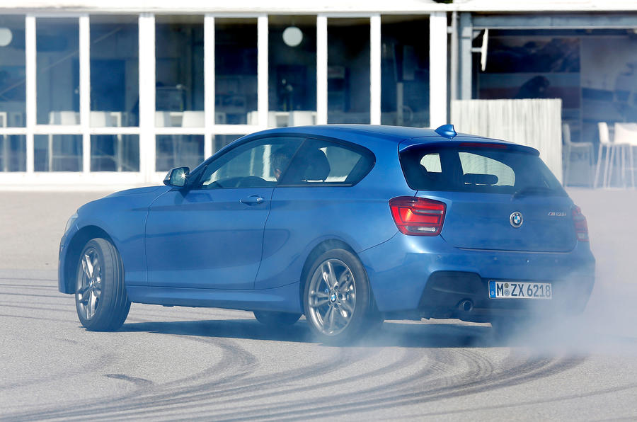 BMW M135i rear drifting