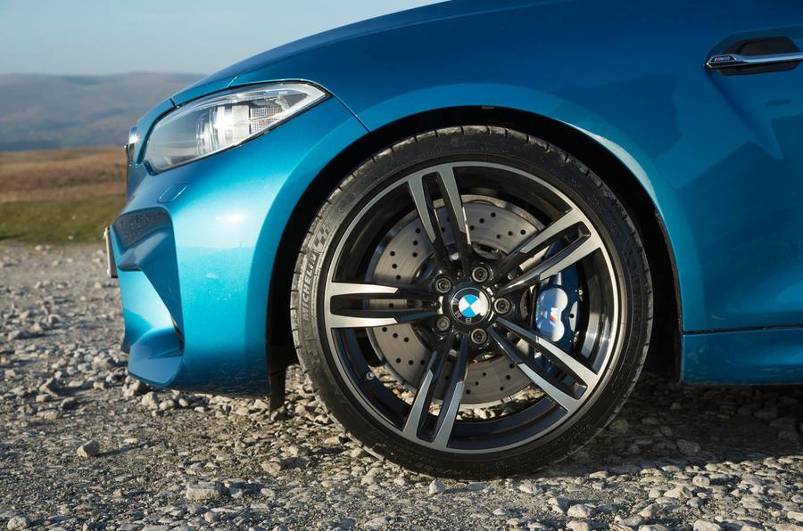 19in BMW M2 black alloys