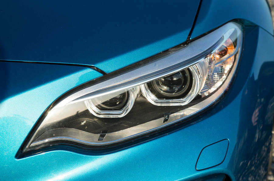 BMW M2 xenon headlights