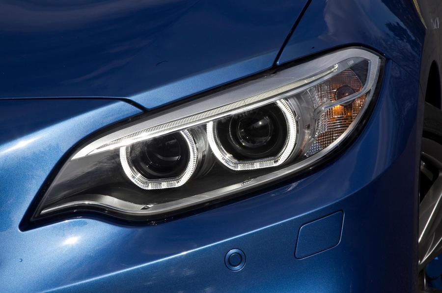 BMW M235i's xenon headlights