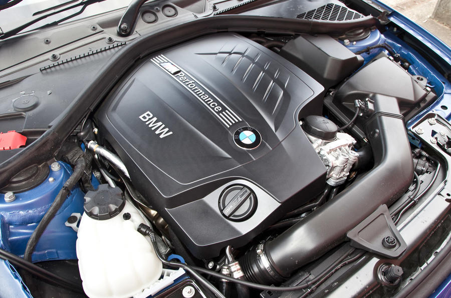 3.0-litre turbo BMW M235i engine