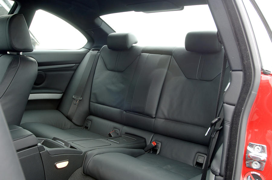 BMW M3 Coupé rear seats