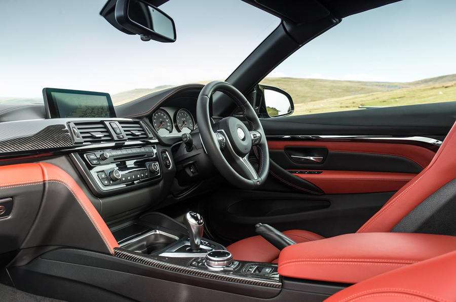 BMW M4 Convertible dashboard