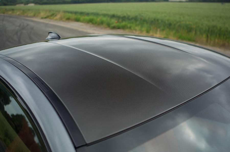 BMW M4's carbonfibre roof