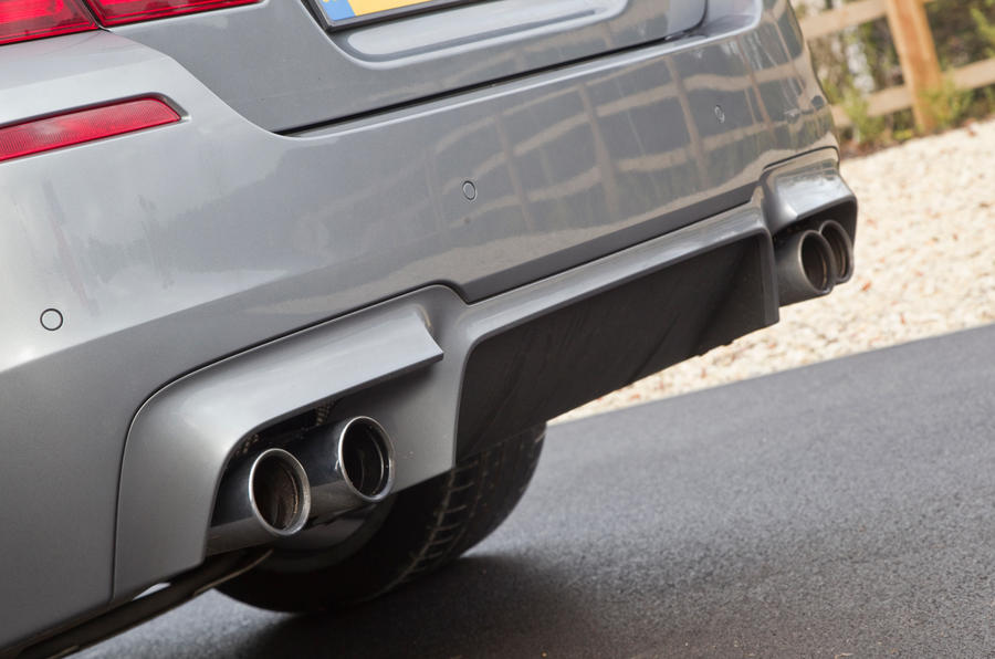 BMW M5's quad exhaust system