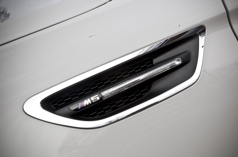 BMW M5 Competition Pack badging