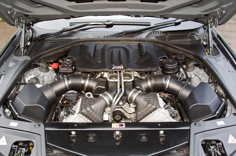 BMW M5 twin-turbo V8 engine