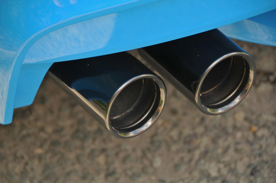 BMW M6 chrome quad exhaust