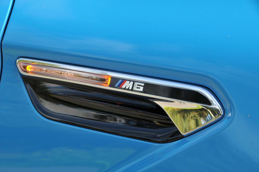 BMW M6 side indicator