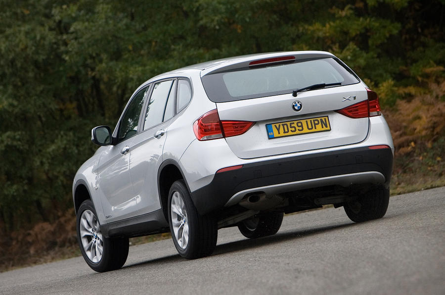 BMW X1 rear cornering