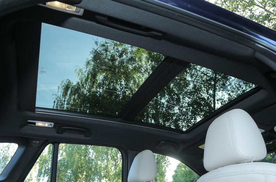 The panoramic sunroof fitted as an option in the BMW X1