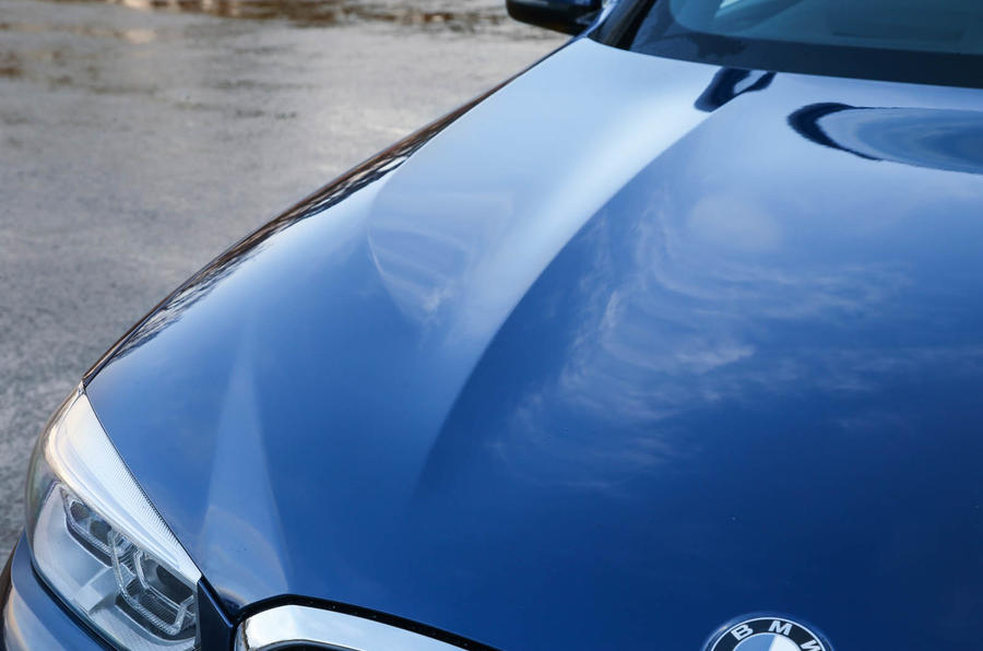 BMW X3 bonnet sculpture