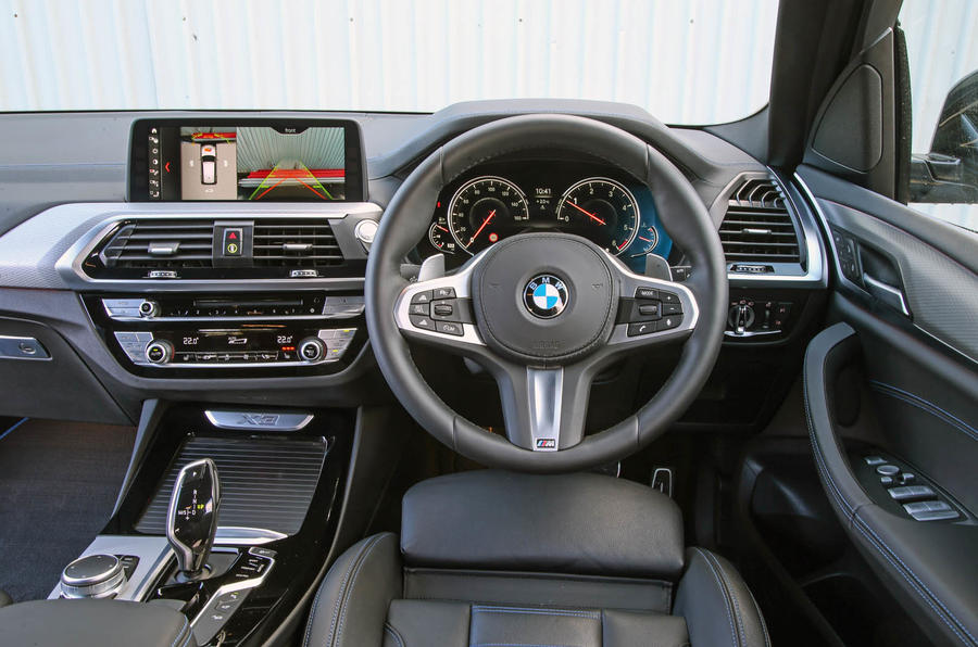 BMW X3 dashboard