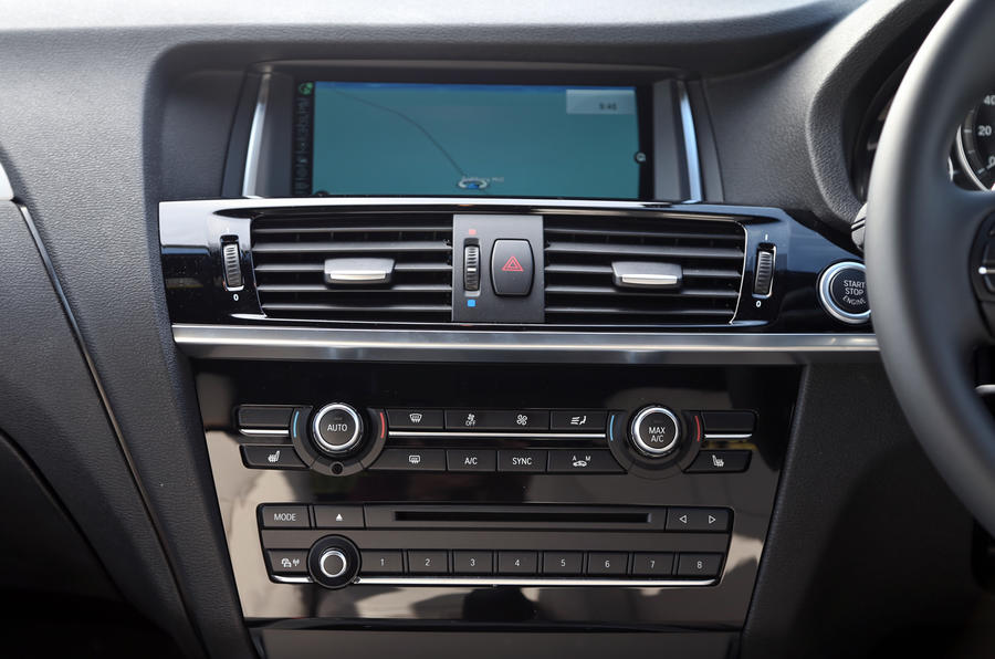 BMW X3 iDrive infotainment