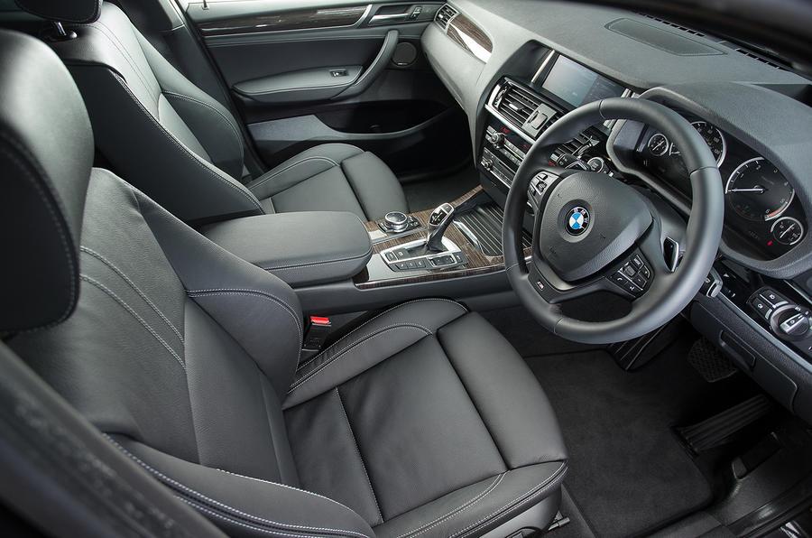 BMW X4 front seats