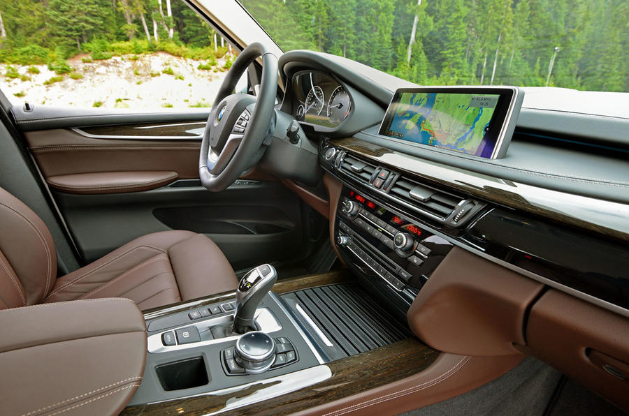 BMW X5 xDrive25d interior