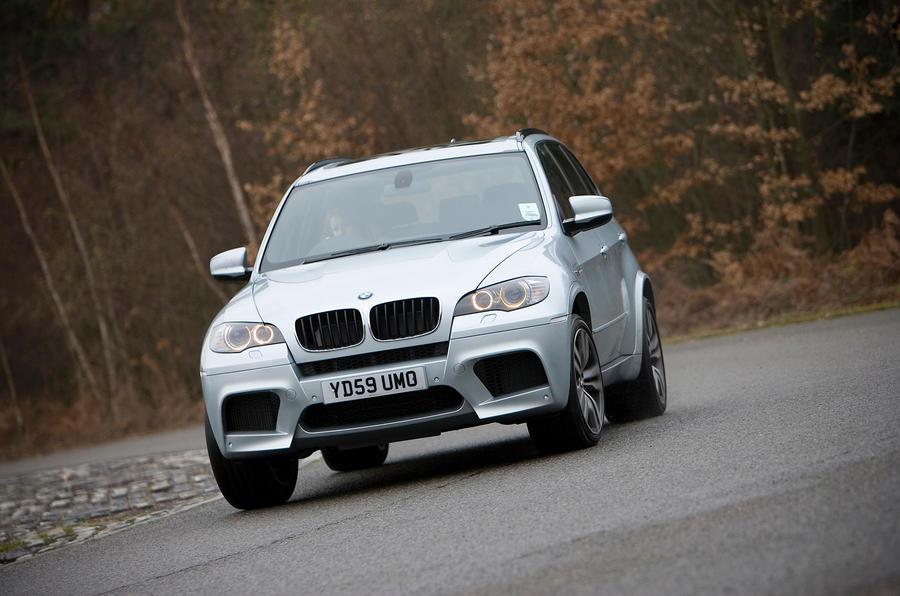 BMW X5 cornering