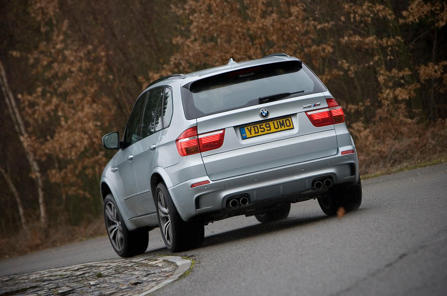 BMW X5 rear cornering