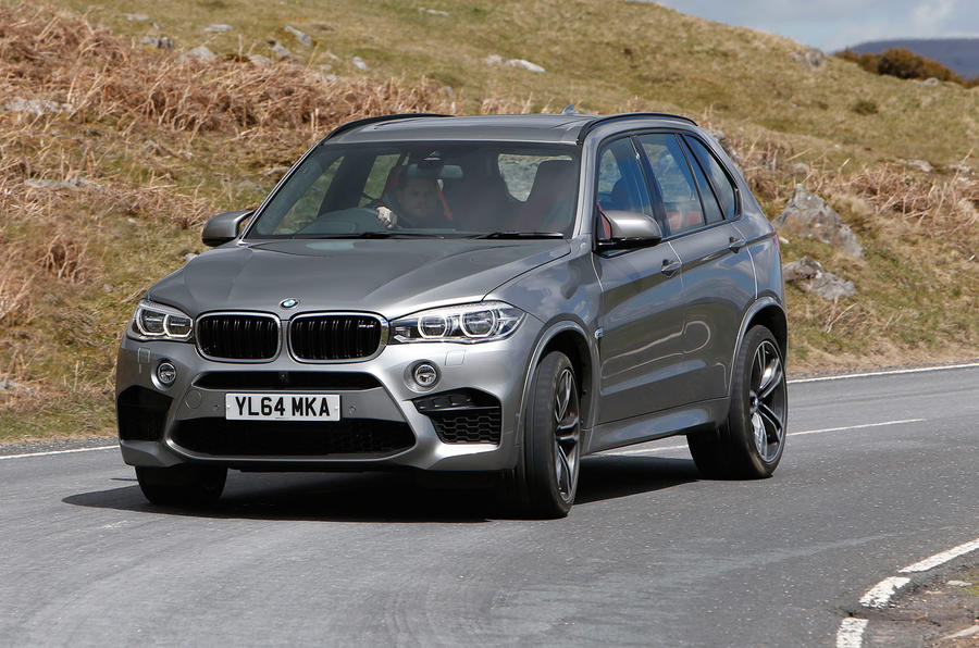 BMW X5 M cornering