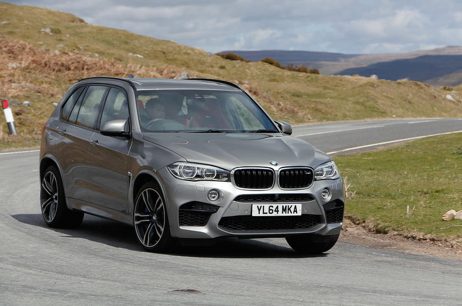 BMW X5 M hard cornering