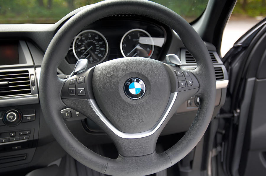 BMW X6 steering wheel