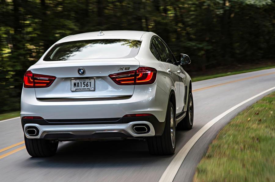 BMW X6 xDrive50i SE rear