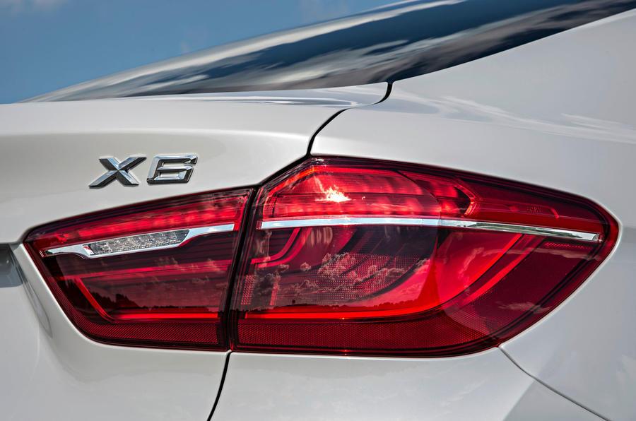 BMW X6 xDrive50i rear lights