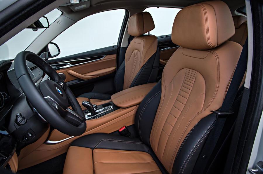 BMW X6 xDrive50i SE interior