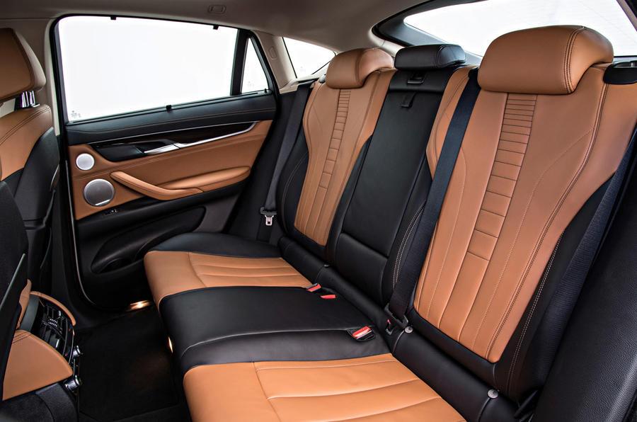 BMW X6 xDrive50i SE rear seats
