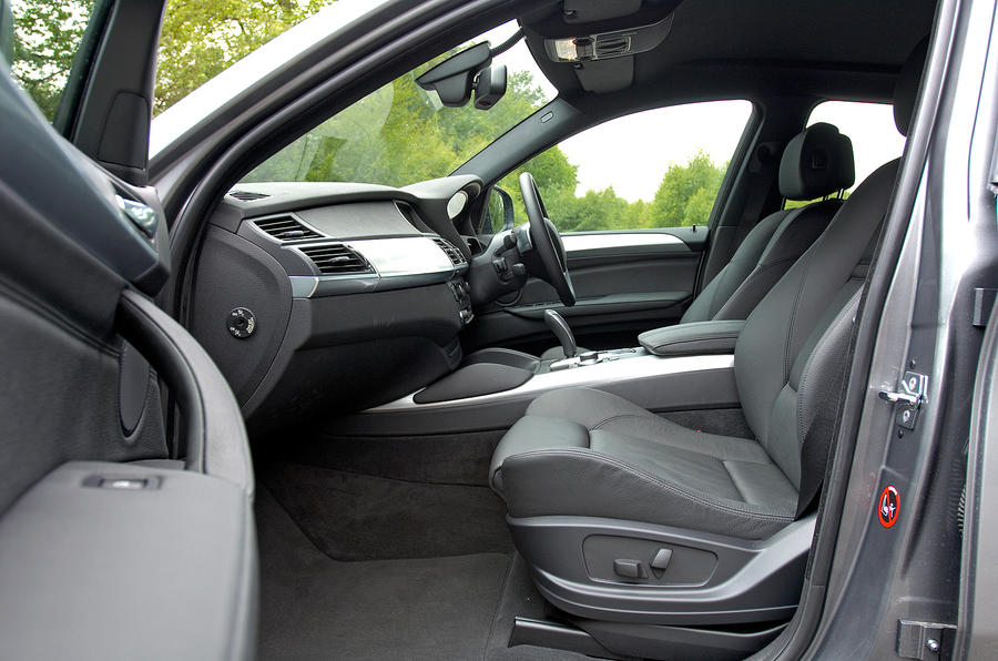 BMW X6 front seats