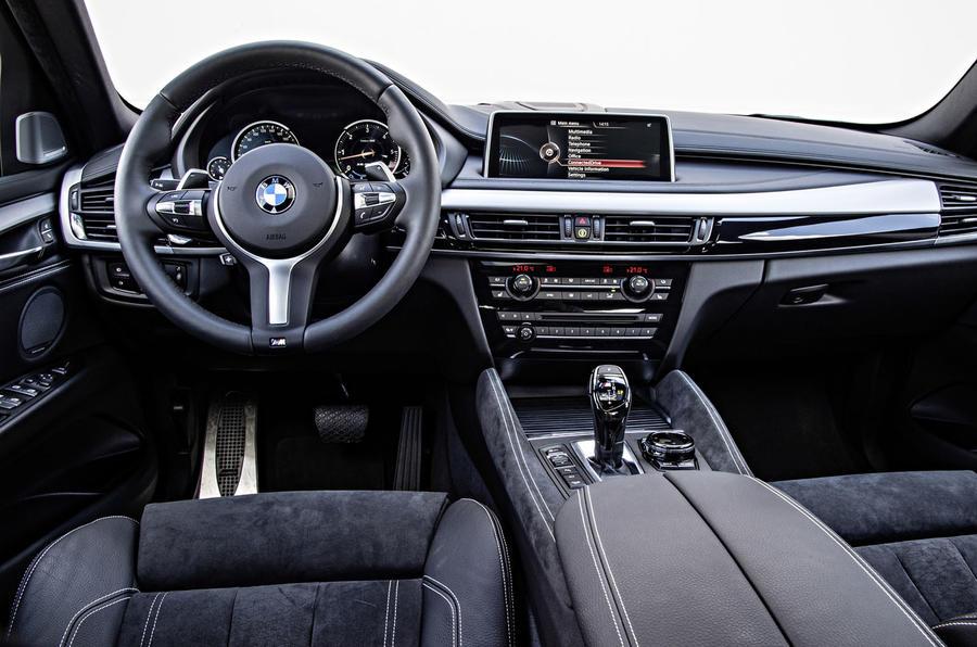 BMW X6 M50d dashboard