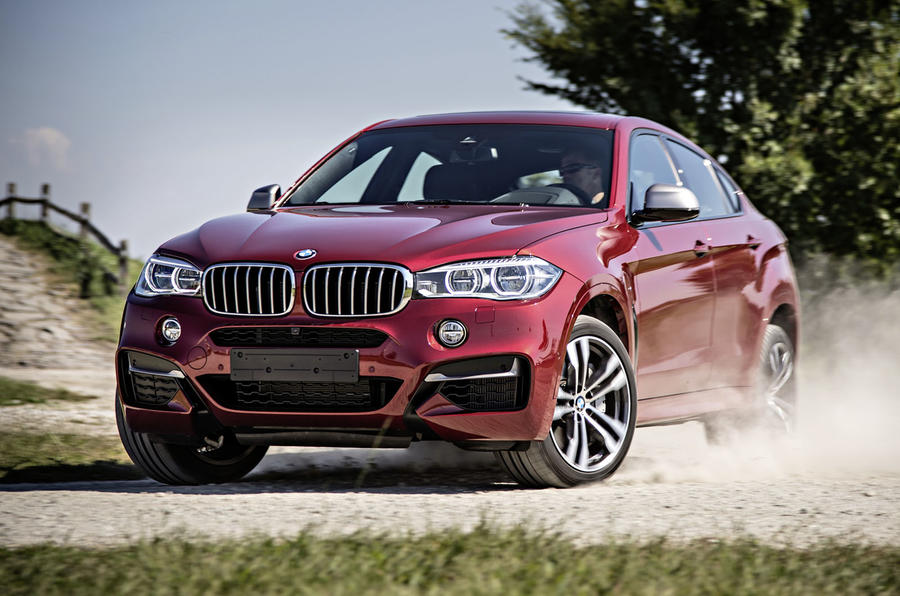 BMW X6 M50d hard cornering