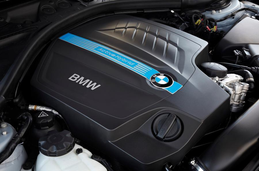 BMW ActiveHybrid 3's petrol-electric engine