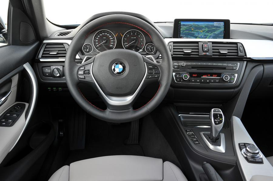 BMW ActiveHybrid 3 SE's interior
