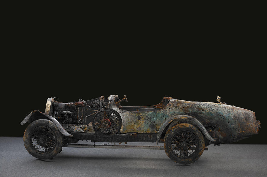 'Drowned' Bugatti sells for £228k