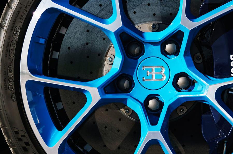 Bugatti Chiron Brembo brake calipers