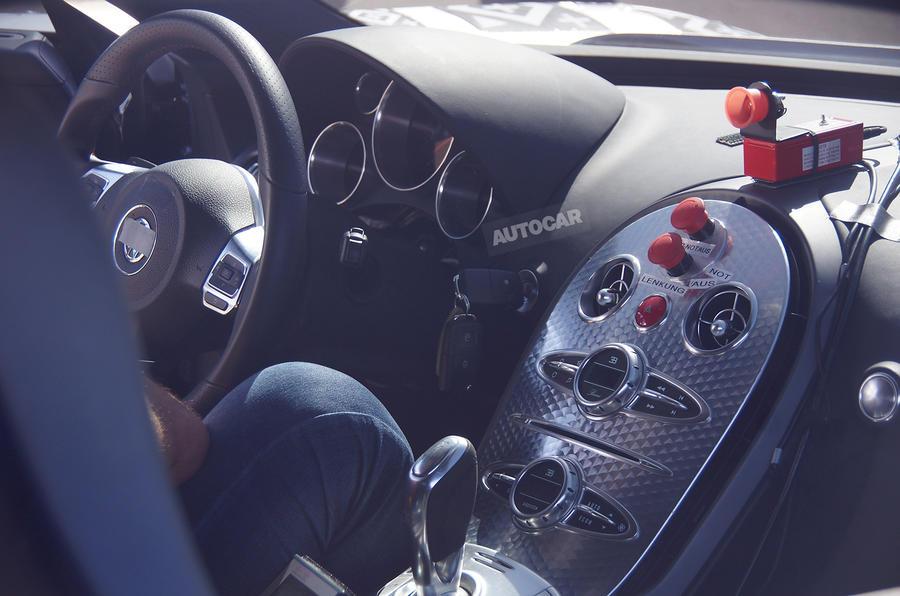bugatti 39 s 1500bhp veyron replacement breaks cover autocar. Black Bedroom Furniture Sets. Home Design Ideas