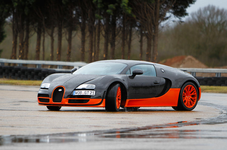Bugatti Veyron Super Sport. Surprisingly, The Veyron Isnu0027t An Intimidating  Car To Drive On The Road