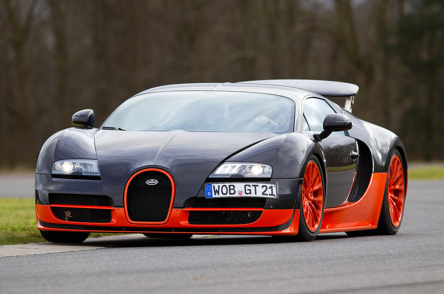 Bugatti Veyron Super Sport. Power Quickly Overwhelms The Tyres If The Road  Is Damp