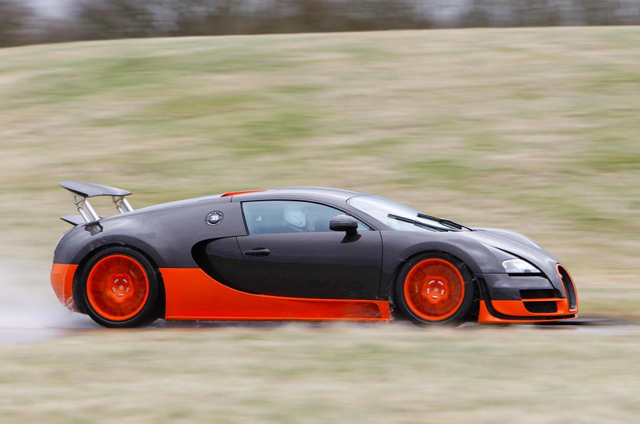 Bugatti Veyron Super Sport. Even At More Than 150mph, The Super Sport Still  Accelerates Hard